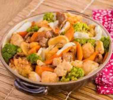 Chop Suey - Executivo (serve bem 1 pessoa acompanha arroz)