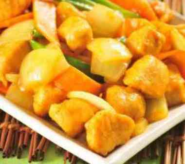 Frango ao Curry - Executivo (serve bem 1 pessoa, acompanha arroz)