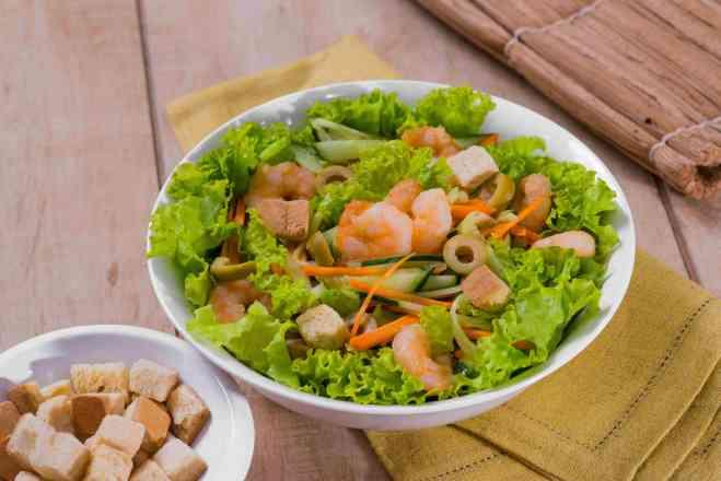 Salada China Eats Camarão