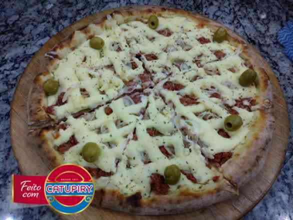 Pizza de Carne Seca 1 - Broto