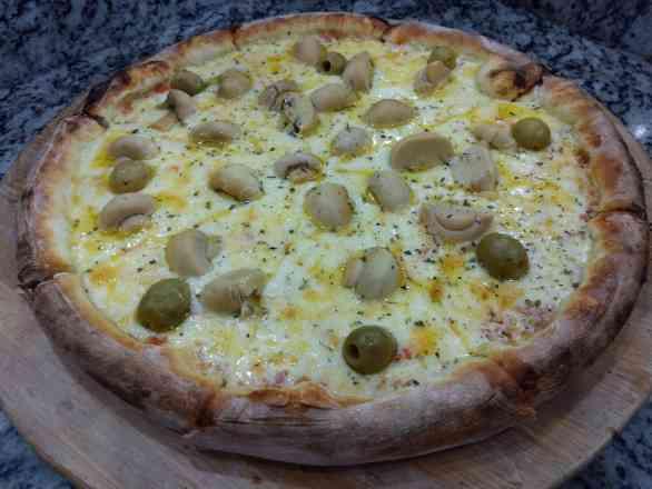 Pizza de Champignon - Broto