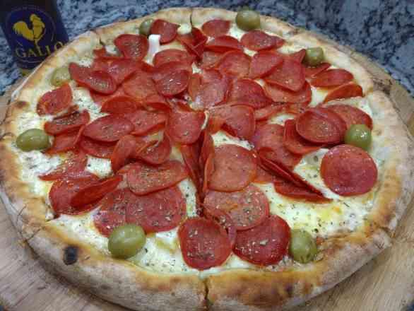 Pizza de Peperone - Broto