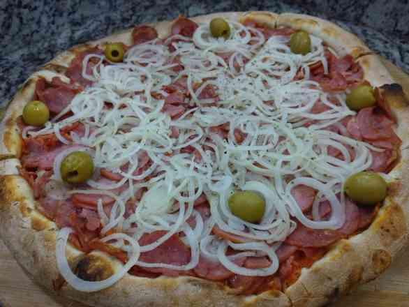Pizza de Calabresa - Broto