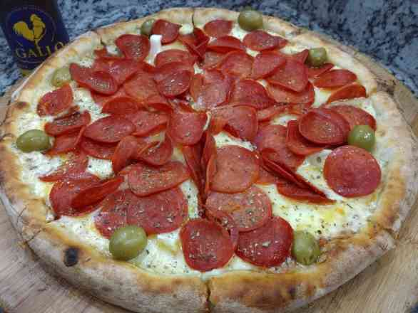 Pizza de Peperone - Grande