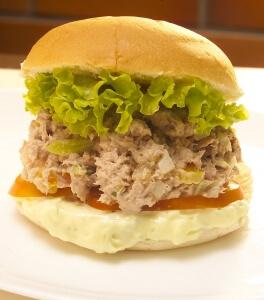 Sanduíche de Atum Tuna Fish