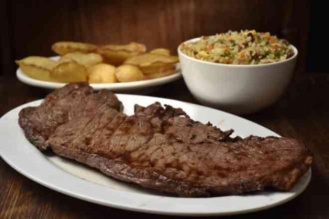 Combo Beef Ancho + Arroz à Grega + Batata Frita - Meio